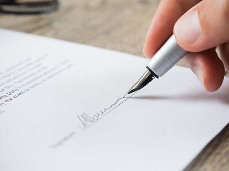 Dret Laboral - Contracte adient